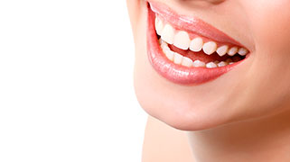 Limpeza e clareamento dental