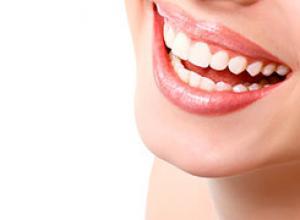 Limpeza e clareamento dental